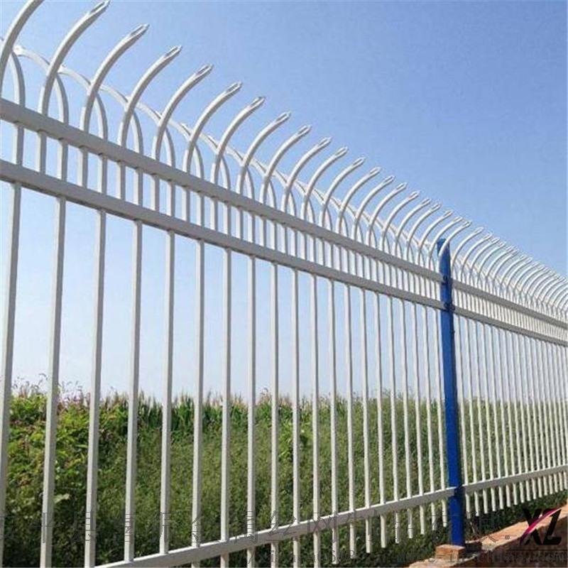 北京学校围墙护栏颜色,锌钢护栏厂家服务至上