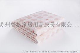 来自馨格家纺的法兰绒绣花毯