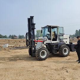 新款内燃式四驱越野叉车 各种吨位 徳翊机械