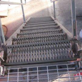 天津楼梯踏步板,钢格板平台,镀锌钢格板