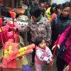 地摊展会热卖产品木杆塑料扫把货源