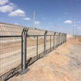 厂家直销铁路护栏网 浸塑8001铁路隔离栅栏