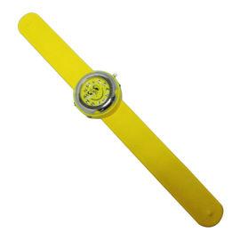 手表厂家定制新款儿童礼品七彩发光拍拍硅胶石英手表