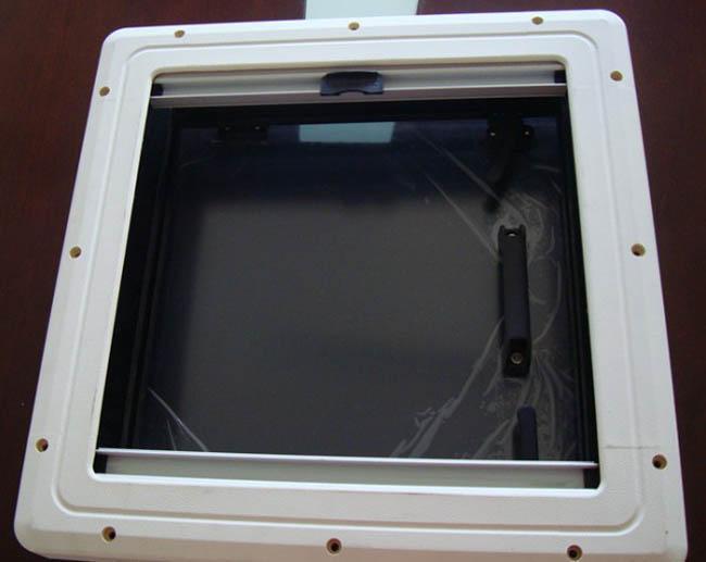房車天窗換氣窗房車改裝件遮陽防蚊蟲