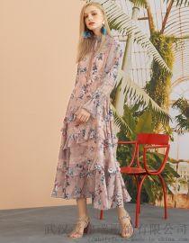 开服装店一般几点去拿货珂尼丽尔新款拼接裙子连衣裙