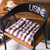 日韩风格坐垫  居家椅子垫  保暖椅垫