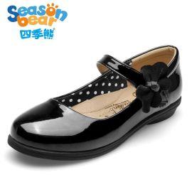四季熊黑色**皮鞋中大童英伦风学生亮面圆头演出鞋子软底公主鞋