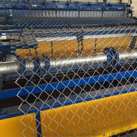勾花网厂家 养殖铁丝网 球场护栏网 PVC包塑护栏网 菱形勾花网