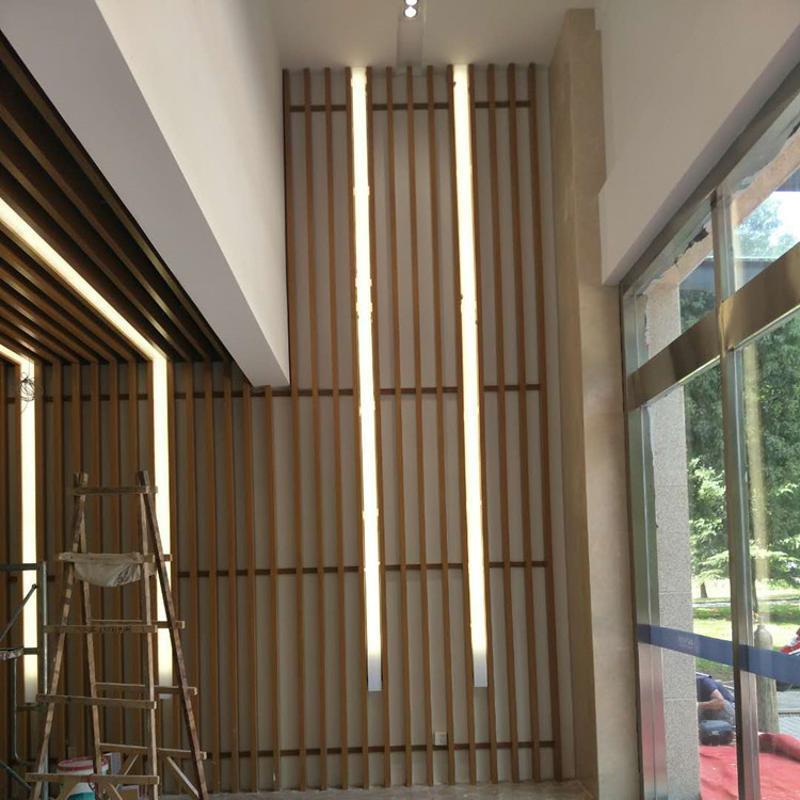仿木紋鋁方管金屬幕牆廠家定製 50×100鋁方管隔牆屏風