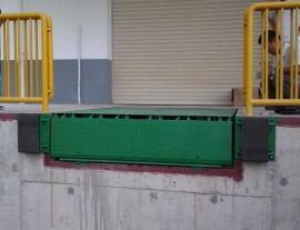 厂家直销凯卓立调节板防撞胶/卸货平台/固定式登车桥