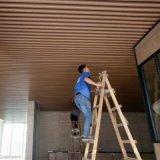 健身房热转印木纹铝方管吊顶装饰厂家定制加工