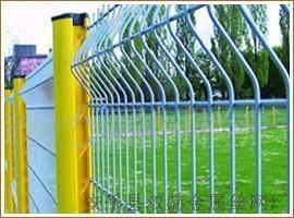 供應加強型三角折彎護欄網、折彎/軋彎護欄網專業生產廠家