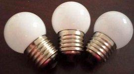 LED G40奶白玻璃球泡