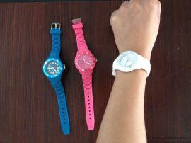 德力达硅橡胶制品提供加工定制硅胶果冻手表带