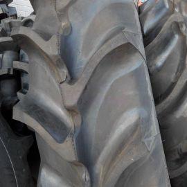 供应r2花纹18.4-38收割机轮胎 水田农用轮胎