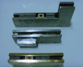 广州鱼珠码头玻璃门、地弹簧、密码锁维修