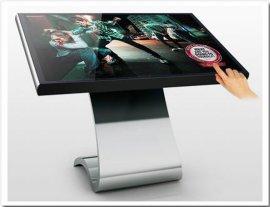供应广州厂家直销LED液晶显示屏    触摸一体机   广州广告机
