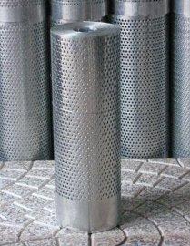 蒙乃尔丝网又称铜镍合金丝网,是一种以金属镍为基体添加铜、铁、锰