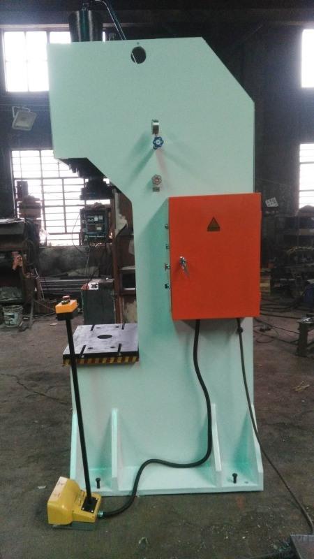定製單臂壓力機 Y30-40T液壓單臂壓力機