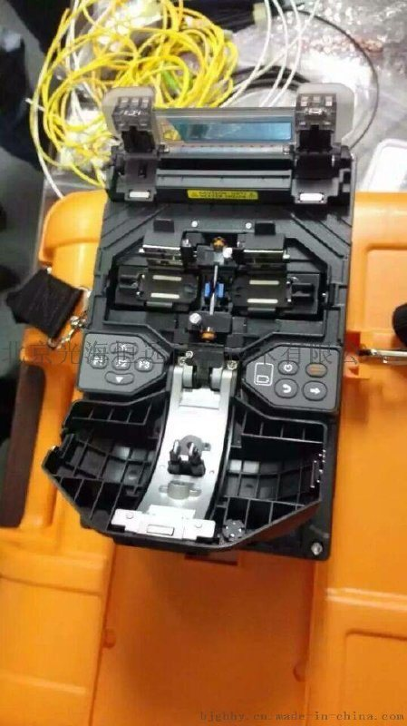 日本住友光纤熔接机T-400S升级版FTTX熔接机