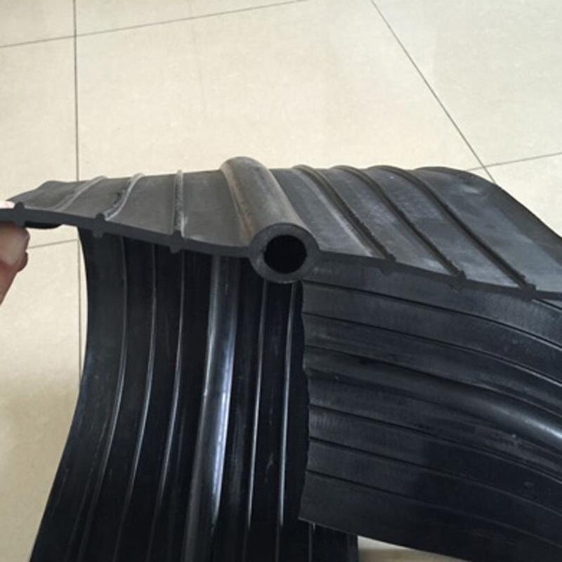 遇水膨胀式橡胶止水带 中埋式橡胶止水带 厂家直销