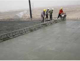 甘肃白银小型框架式振动梁,7米混凝土整平机