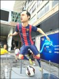 湖南玻璃钢足球猛将人物模型雕塑广场摆件