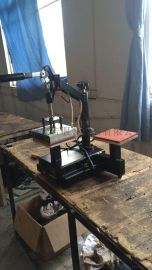 礼品t恤个性定制热转印机器 批发手机壳华氏度摇头烫画机