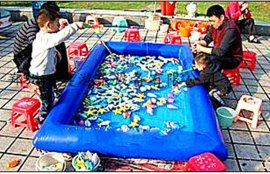 儿童充气游泳池,沙滩池/江西充气娱乐设备批发商,