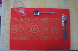 硅胶环保耐高温餐垫2