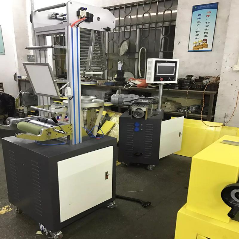 PE热收缩吹膜机、双层共挤吹膜机、三层共挤吹膜机