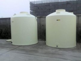 10吨塑料水塔 10吨化工水箱 10立方塑料储罐