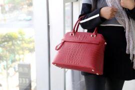 OLD TREND 女式出口原单欧美风真皮手提包、商用包、斜挎包