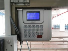 IC消费机安装厂家 成都美食城收费系统安装