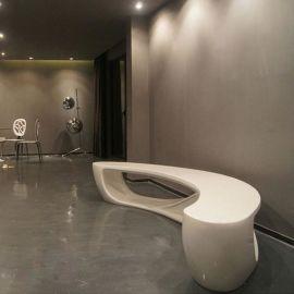 广州工厂直销玻璃钢月字型休闲椅 玻璃钢创意家具 大型商场座椅
