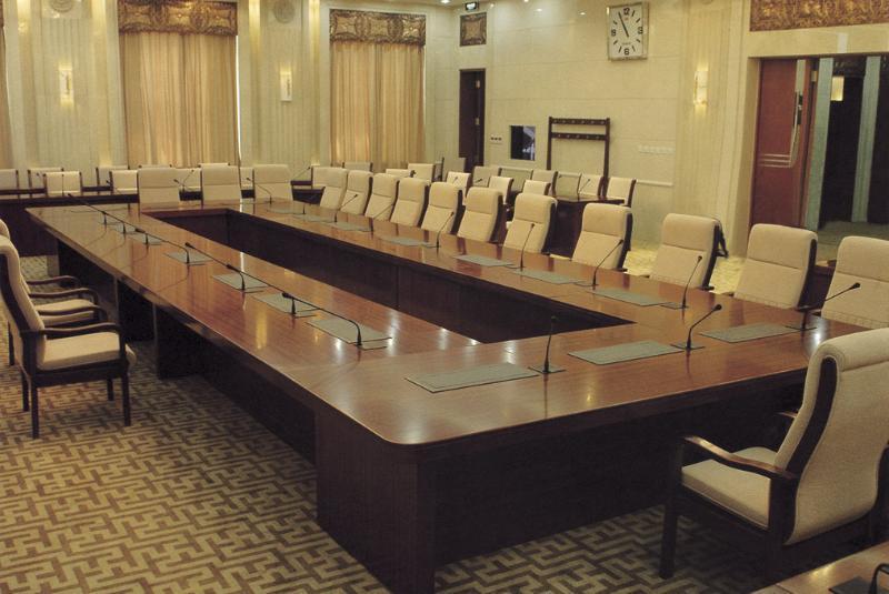 定制实木油漆会议桌