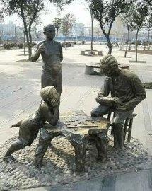山东公园雕塑 水车