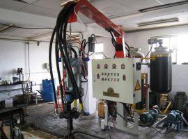 蓬莱吉腾聚氨酯低压发泡机