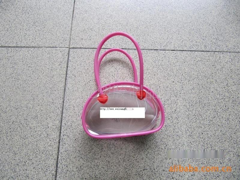工厂定做PVC心形袋,礼品袋,PVC胶袋