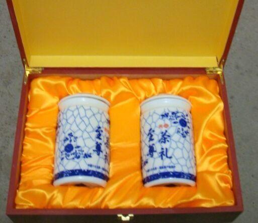 **款陶瓷茶叶罐,景德镇茶叶罐,陶瓷罐子