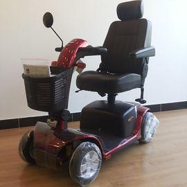 普拉德维多利亚老年人原装进口豪华版四轮电动代步车轮椅