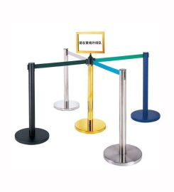 供应银行不锈钢栏杆座报价,活动围栏定做,机场排队护栏行情