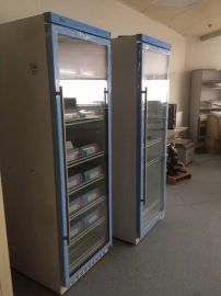 带锁实验室样品冰箱