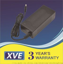 16.8V2.5A锂电池充电器