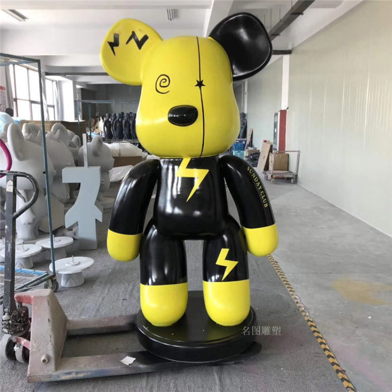 桂林吉祥物形象玻璃鋼卡通人物雕塑定製報價