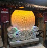 旅游景区的小本生意 石来运转占卜机