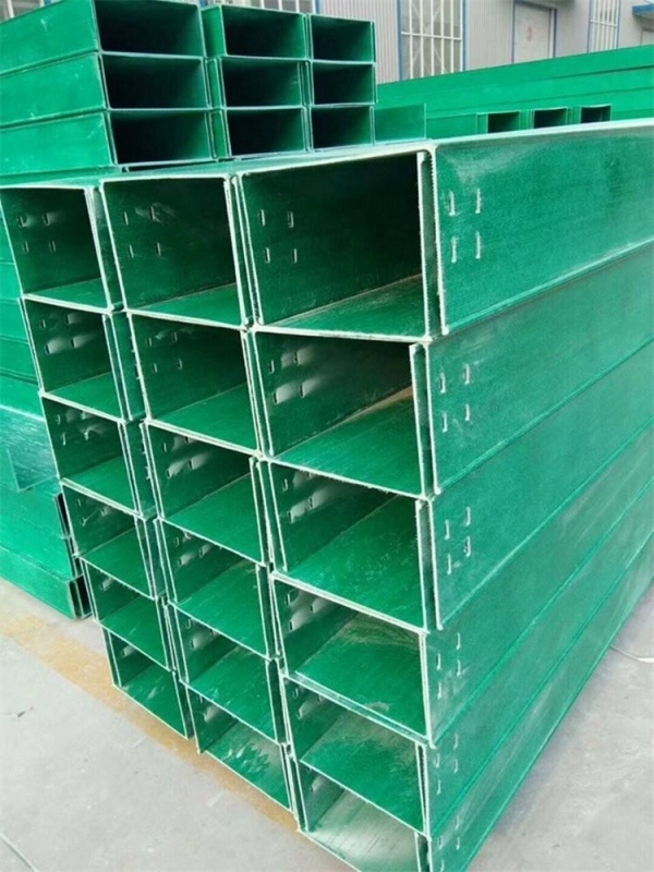 玻璃钢桥架托盘式 霈凯 电视槽盒厂家