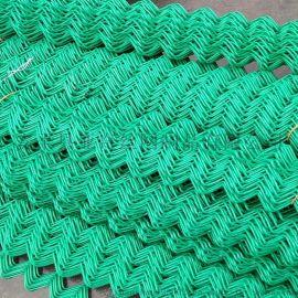 4mm体育场勾花网包塑菱形铁丝网2米高运动场围栏网