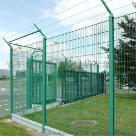 高速公路护栏网 亚奇4mm框架护栏网 浸塑护栏网