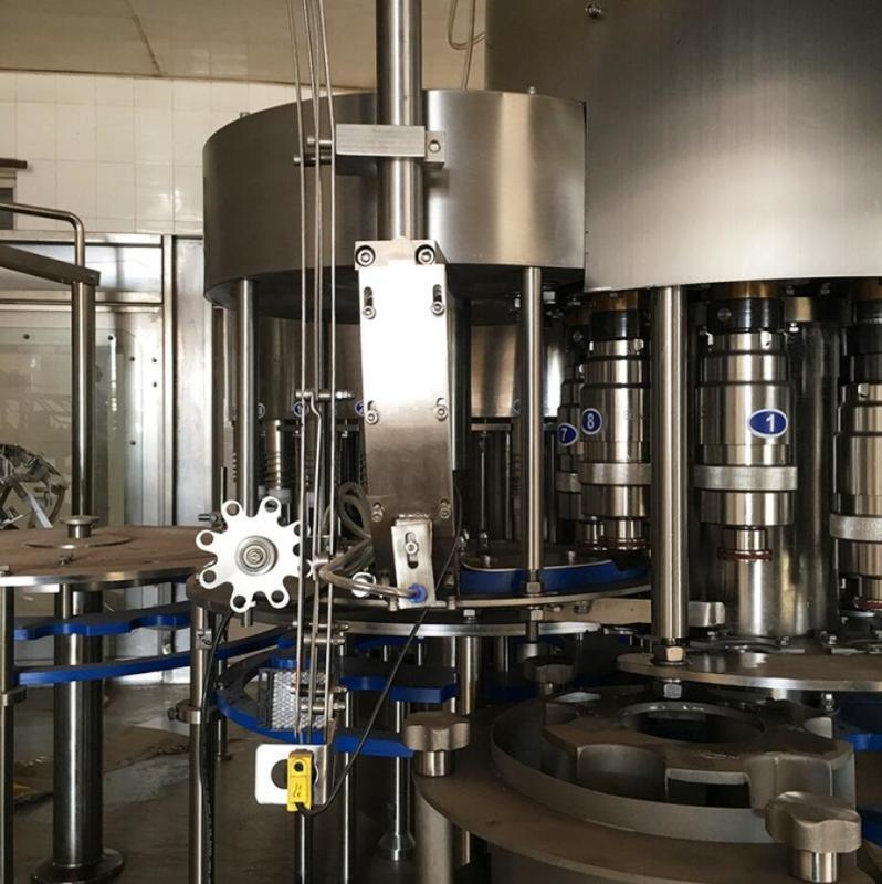 厂家供应全自动灌装机 五合一果汁饮料生产线